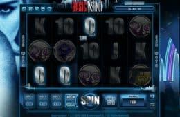 Online-Casino-Spielautomat Basic Instinct