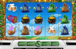 Wygląd darmowego automatu do gier online Golden Shamrock