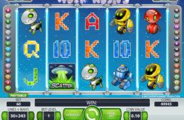 Играть на деньги в автомат Alien Robots