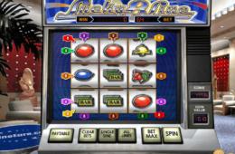Бесплатный старый игровой автомат Lucky 8-Line