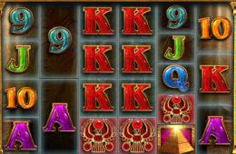 Изображение игрового автомата Queen of Riches