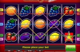 Изображение онлайн игрового автомата Sizzling Hot Deluxe бесплатно