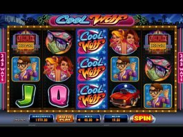 Play free casino slot Cool Wolf